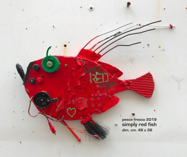 simply red fish